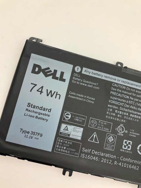 Pin Laptop Dell 071JF4