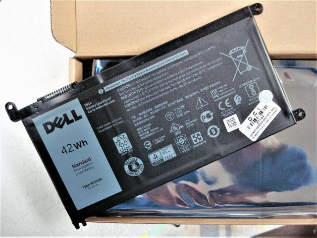 Pin laptop Dell Inspiron 5575